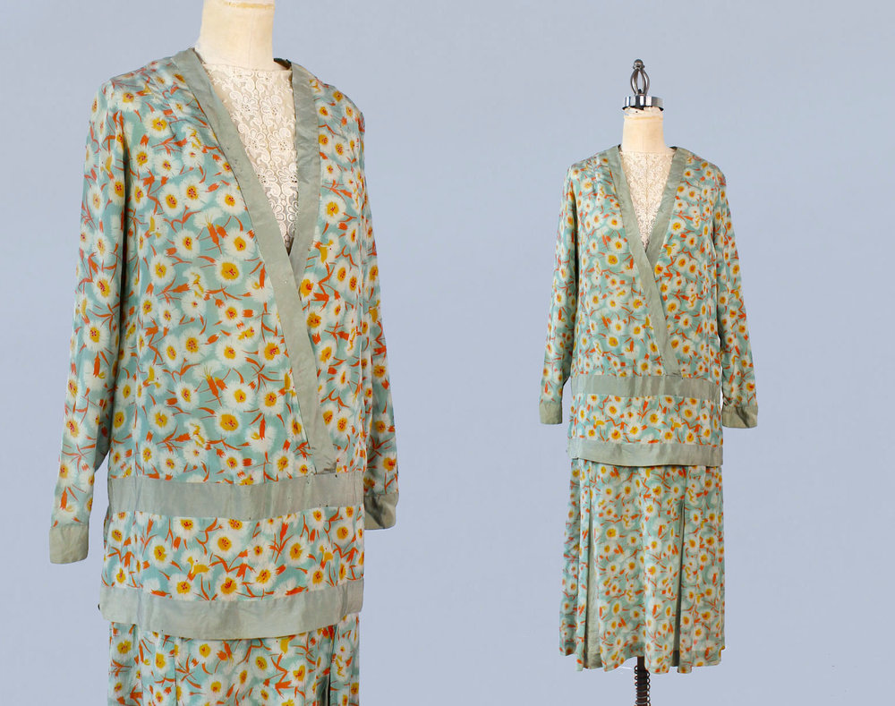 Green floral silk two piece dress. 1920s.