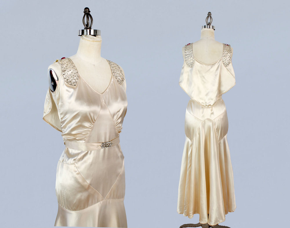 Cream silk satin wedding gown. 1920s-30s.