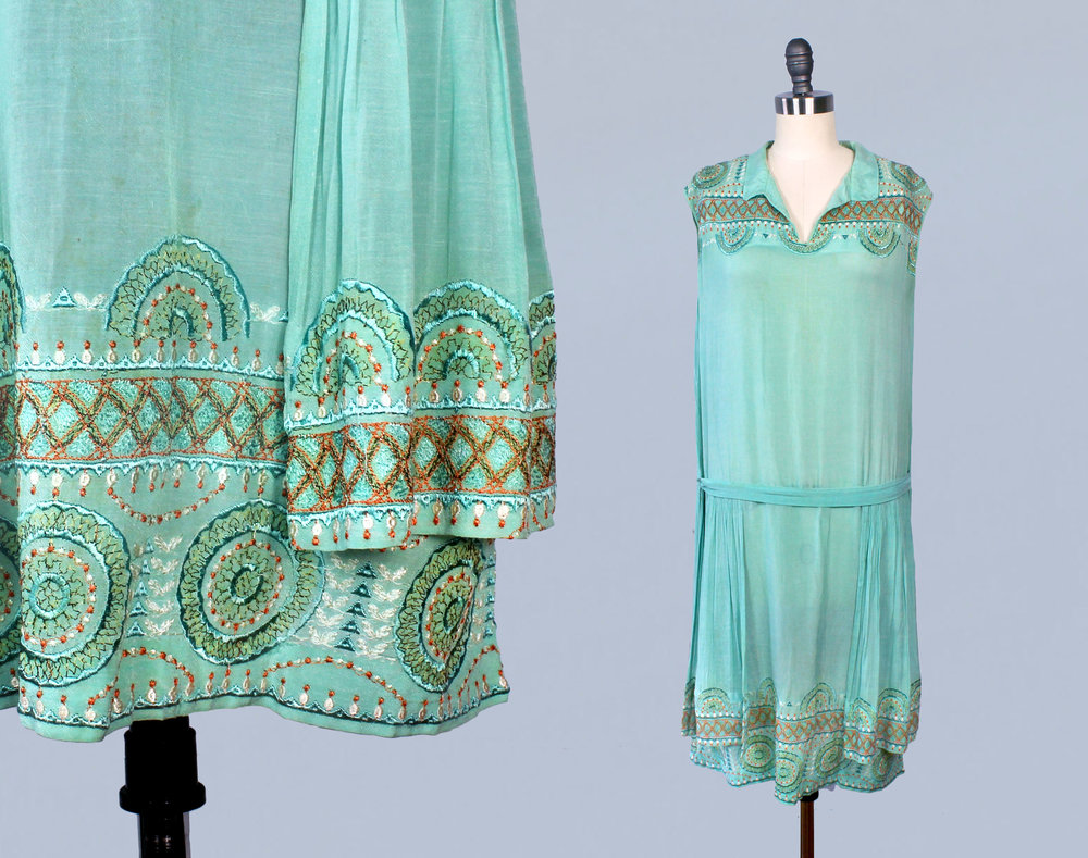 Blue green cotton dress with embroidery. 1920s.