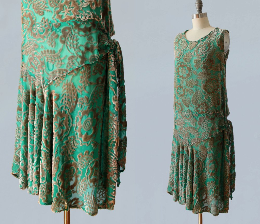 Green devore velvet dress. 1920s.