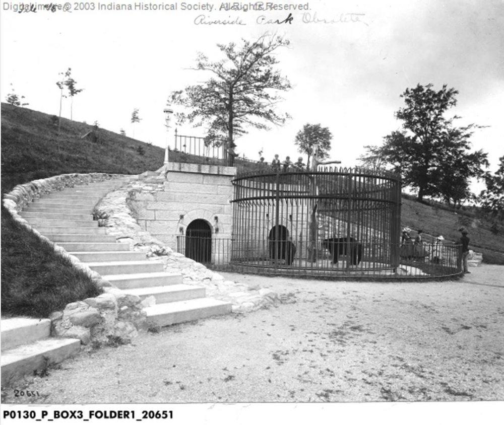 1910_bear-pit.JPG