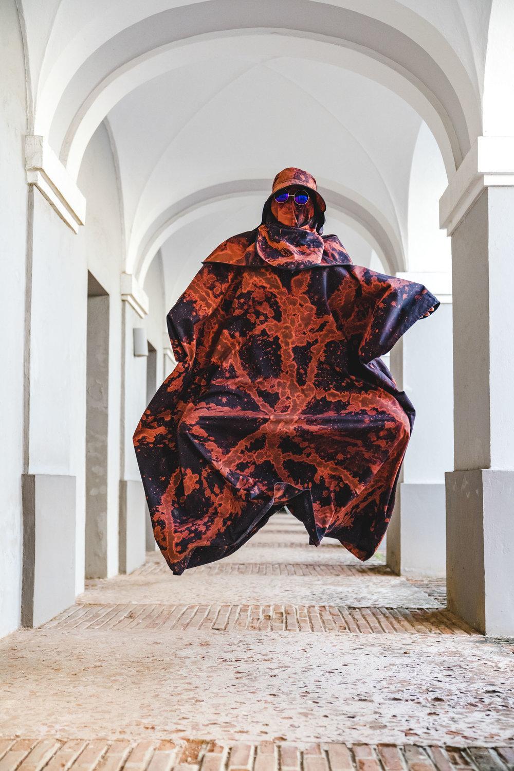 Alexandre_Bavard_Bulky_Performance_at_Meca_Art_Fair.JPG