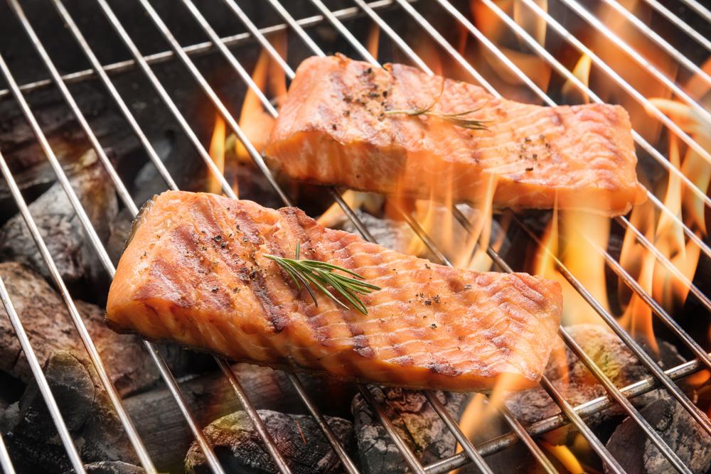 grill salmon fish