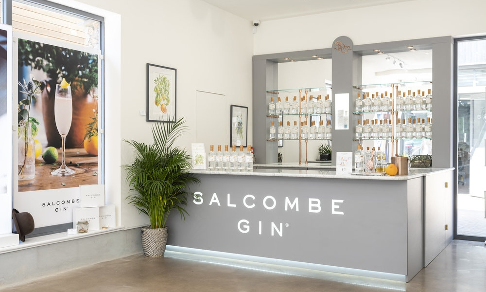 Photo by Guy Harrop. Pic of Salcombe Gin  image copyright guy harrop info@guyharrop.com 07866 464282