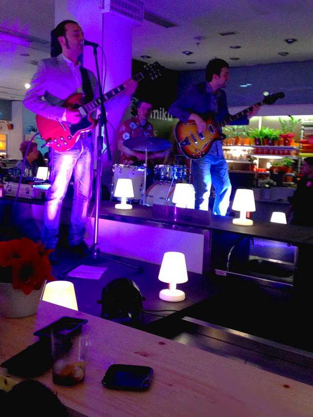 The Romantics en el escenario