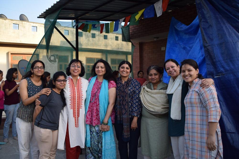 (L to R) Ritika Sharma & Ritika Mittal (volunteers for the workshop) , Kavita Nayar (artist),Ritu Kamath (artist) ,Ruchika Wason Singh (curator- organiser of the workshop), Merlin Moli (artist) , Shruti Gupta Chandra (artist) and Kanchan Kapruwan (volunteer).    Please click each image to view it larger.