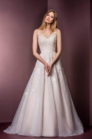 Wedding dress styles silhouettes genys flowers and bridal there are a number of beautiful wedding dress styles and silhouettes for brides each silhouette creates an outline and graceful design junglespirit Image collections