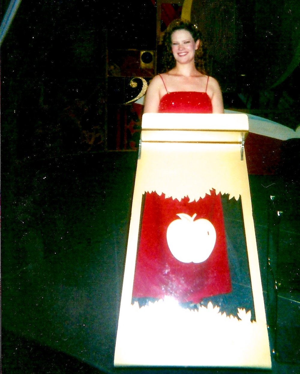 Golden Apple Recognition 2002