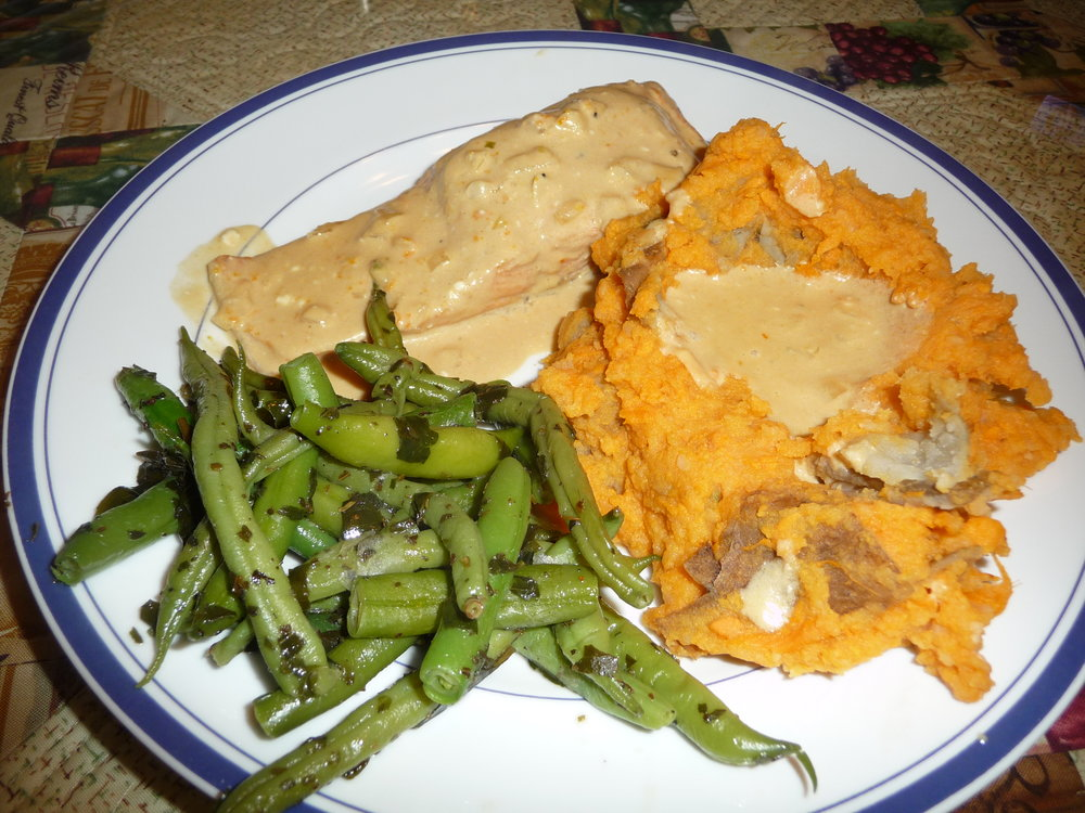Faux-scotch-salmon-Italian-green-beans-mashed-sweet-potatoes.jpg