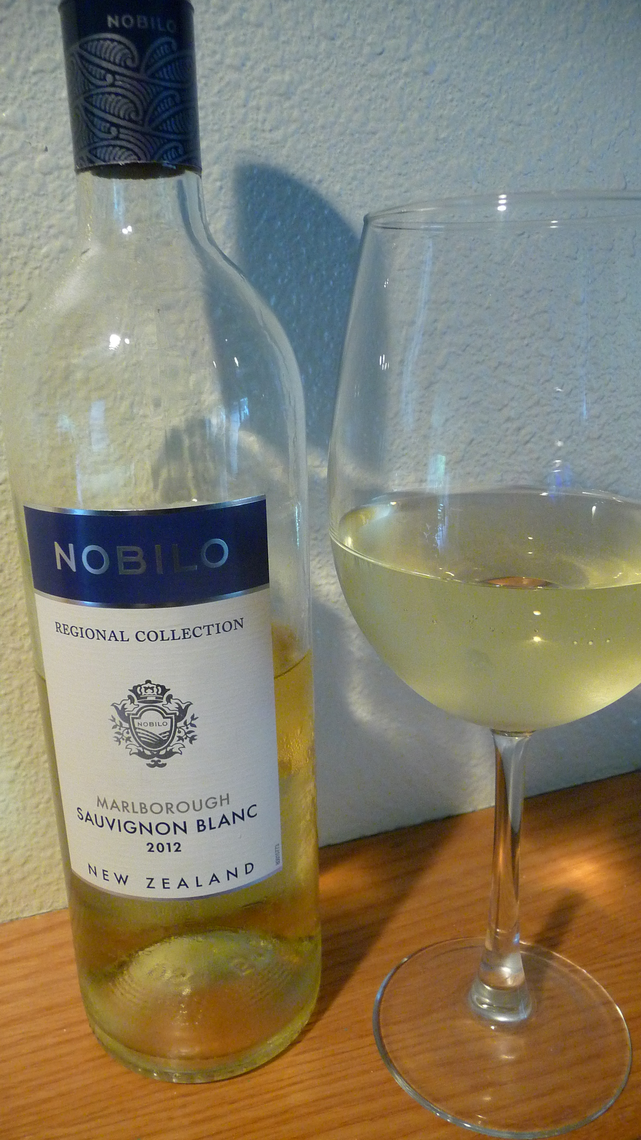 Another easily found Sauvignon Blanc from the Marlborough region to accompany traditional 4th of July fair on a warm Independence Day-Nobilo Sauv Blanc