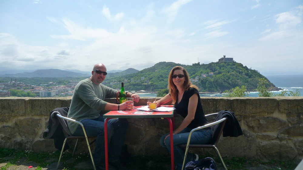 Dan & Viki enjoying cider atop Monte Urgull