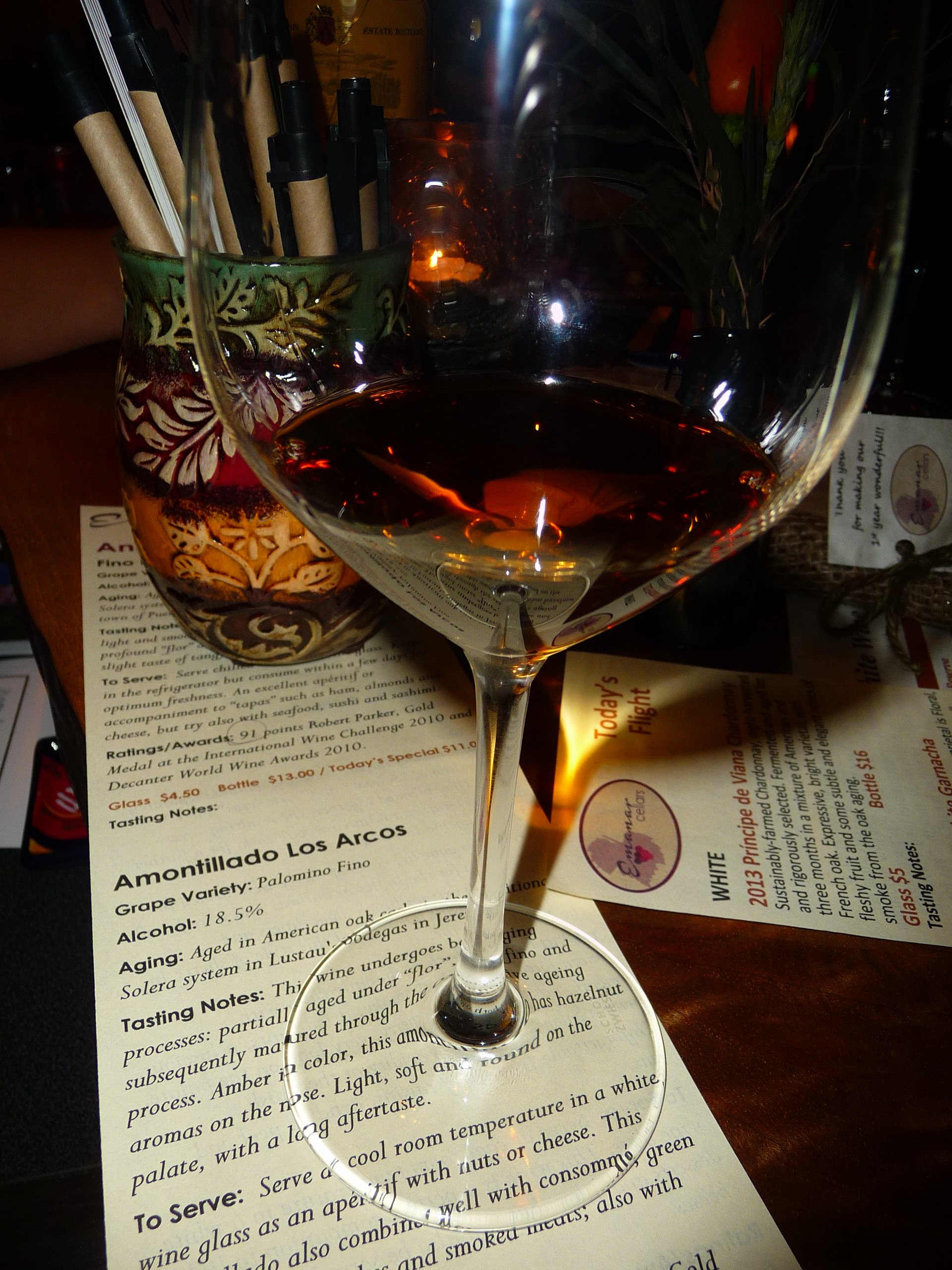 The amber color of this Amontillado Los Arcos Sherry is easy to sip as an aperitif or a hearty cheese plate