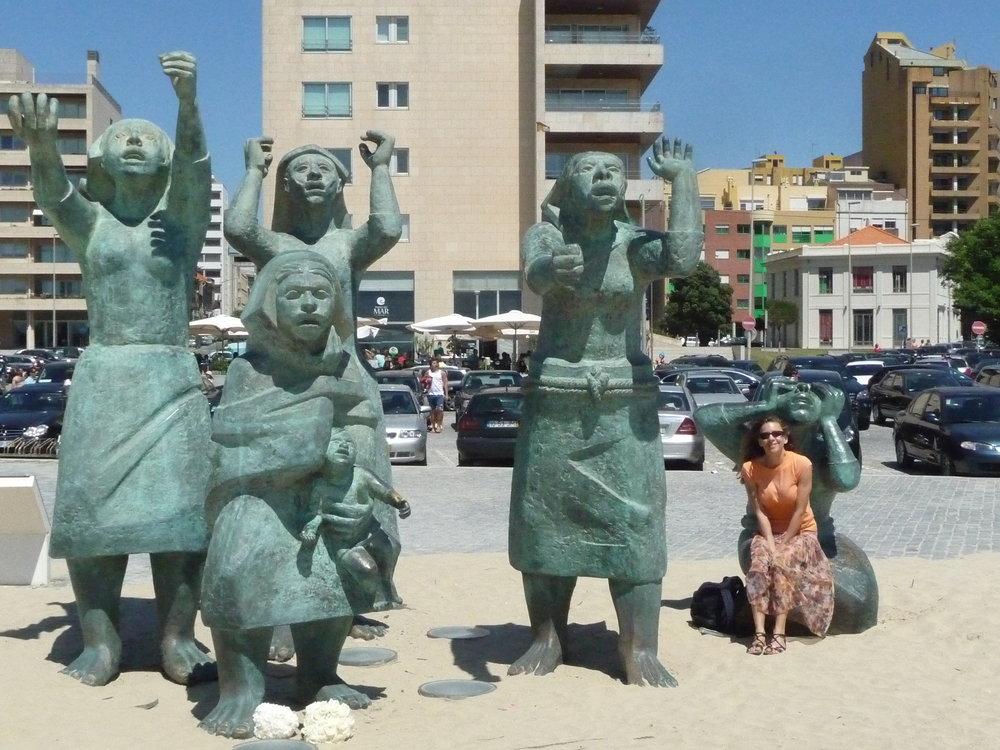 Statues entitled Mourning Women on the popular swimming beach in Matosinhos, Portugal. Dan Eierdam