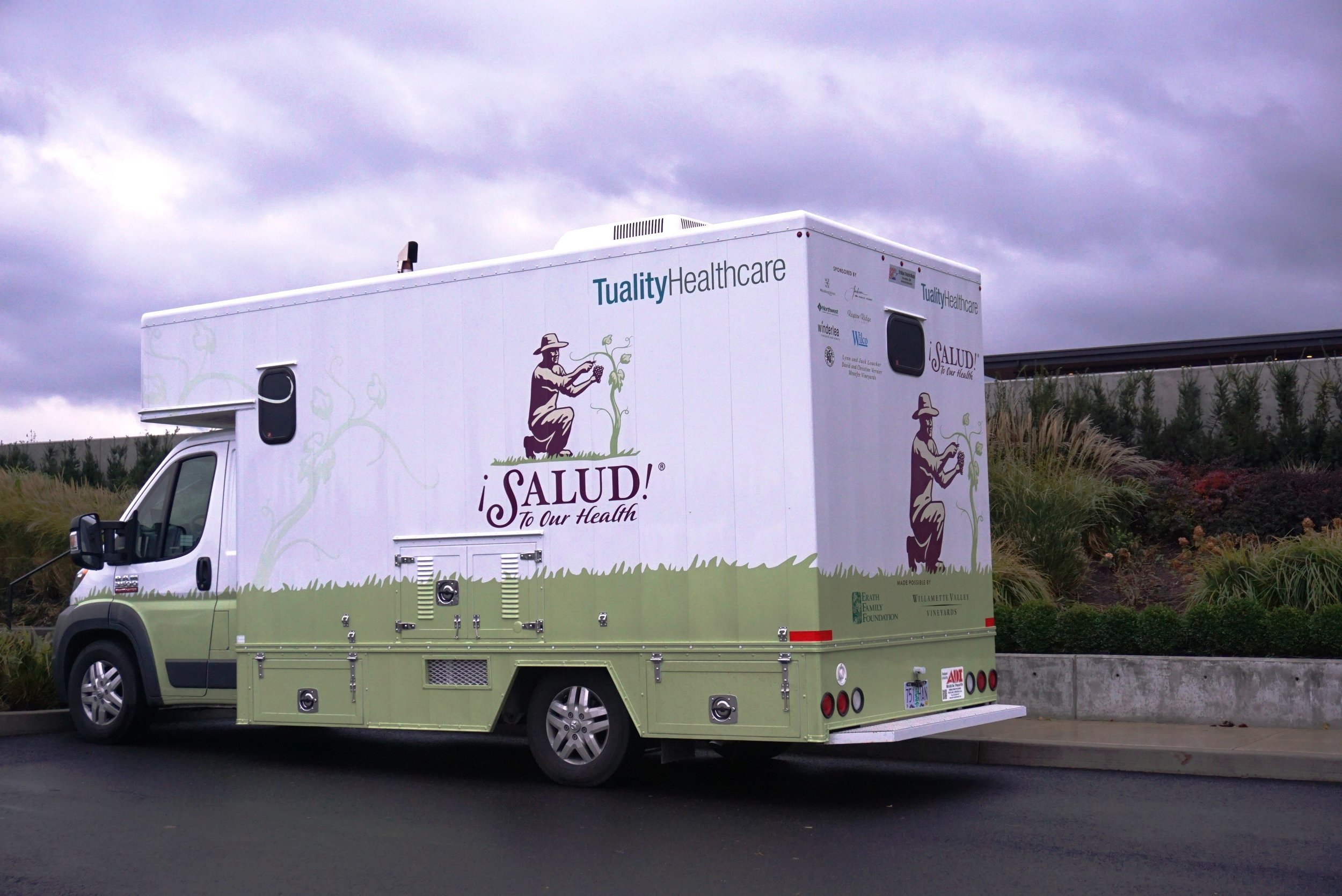 Many of the medical services provided to Willamette Valley vineyard workers through Tuality Healthcare and ¡Salud! are done so via mobile outreach efforts. Viki Eierdam
