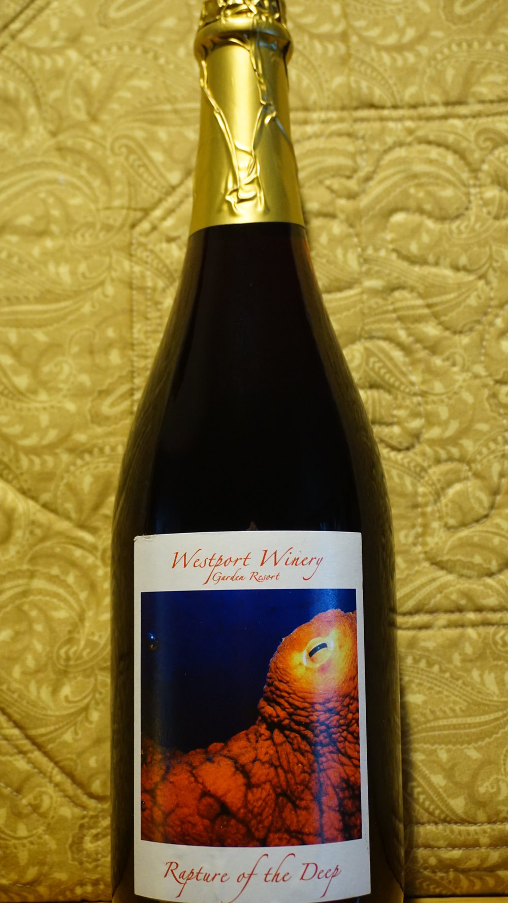 Westport Winery's Rapture of the Deep is a sparkling cranberry wine that does a great job setting a celebratory mood for the Day of Thanks. Viki Eierdam