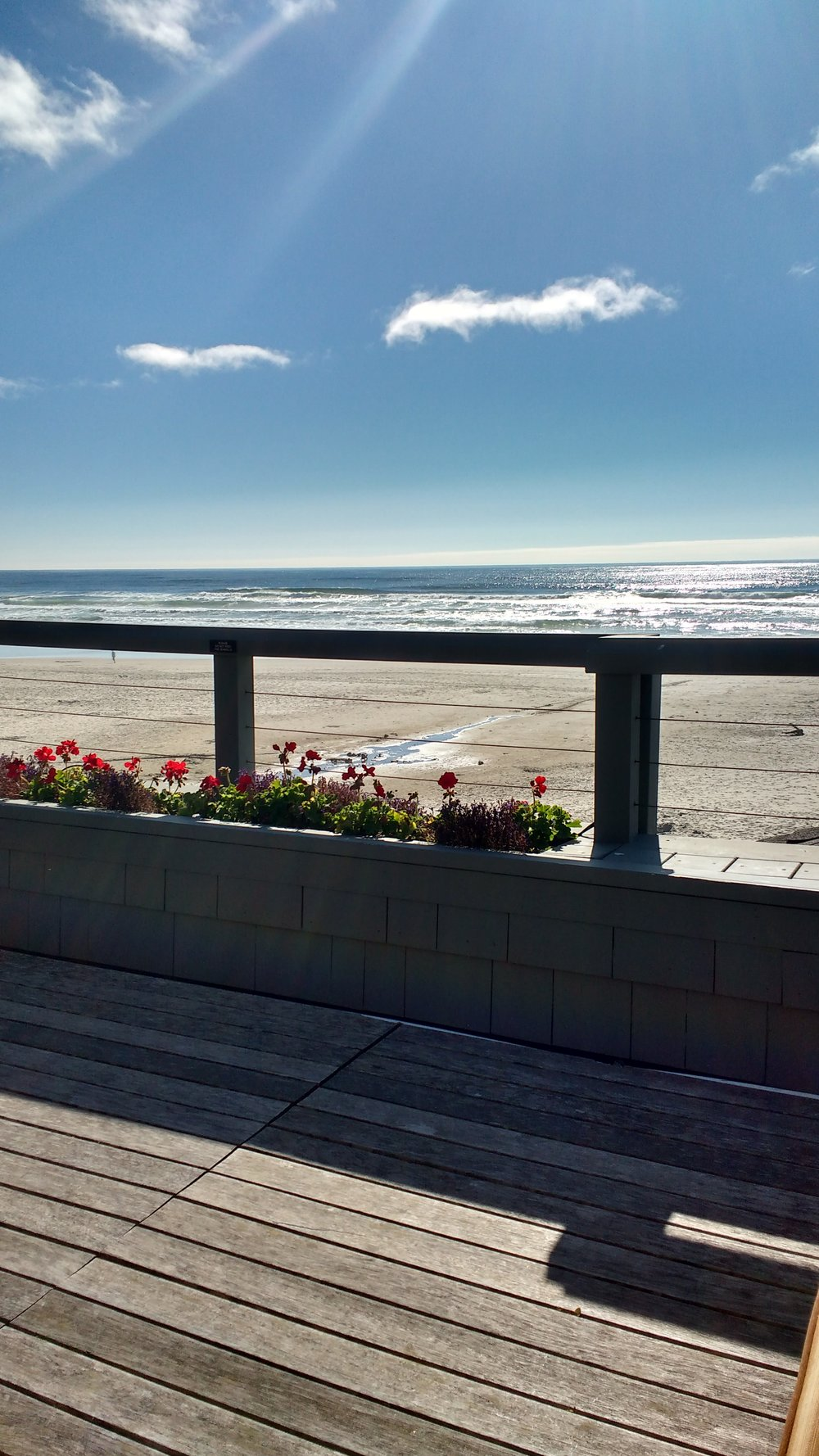 For Stephanie Inn Sojourn participants fortunate enough to tie in an overnight stay, well-appointed rooms with stunning ocean views are their specialty. Viki Eierdam