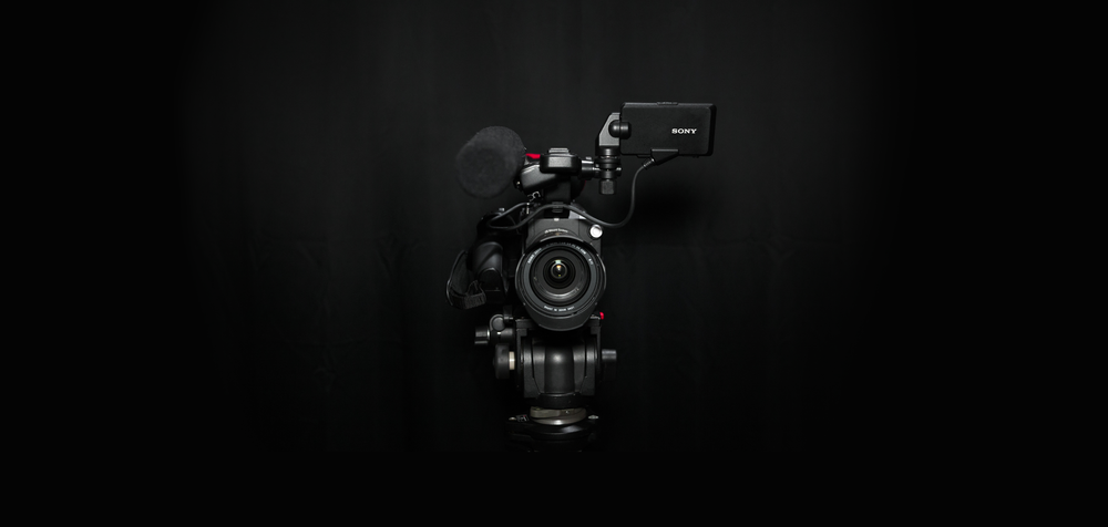 SONY FS5-12-wide-center large-alt.png