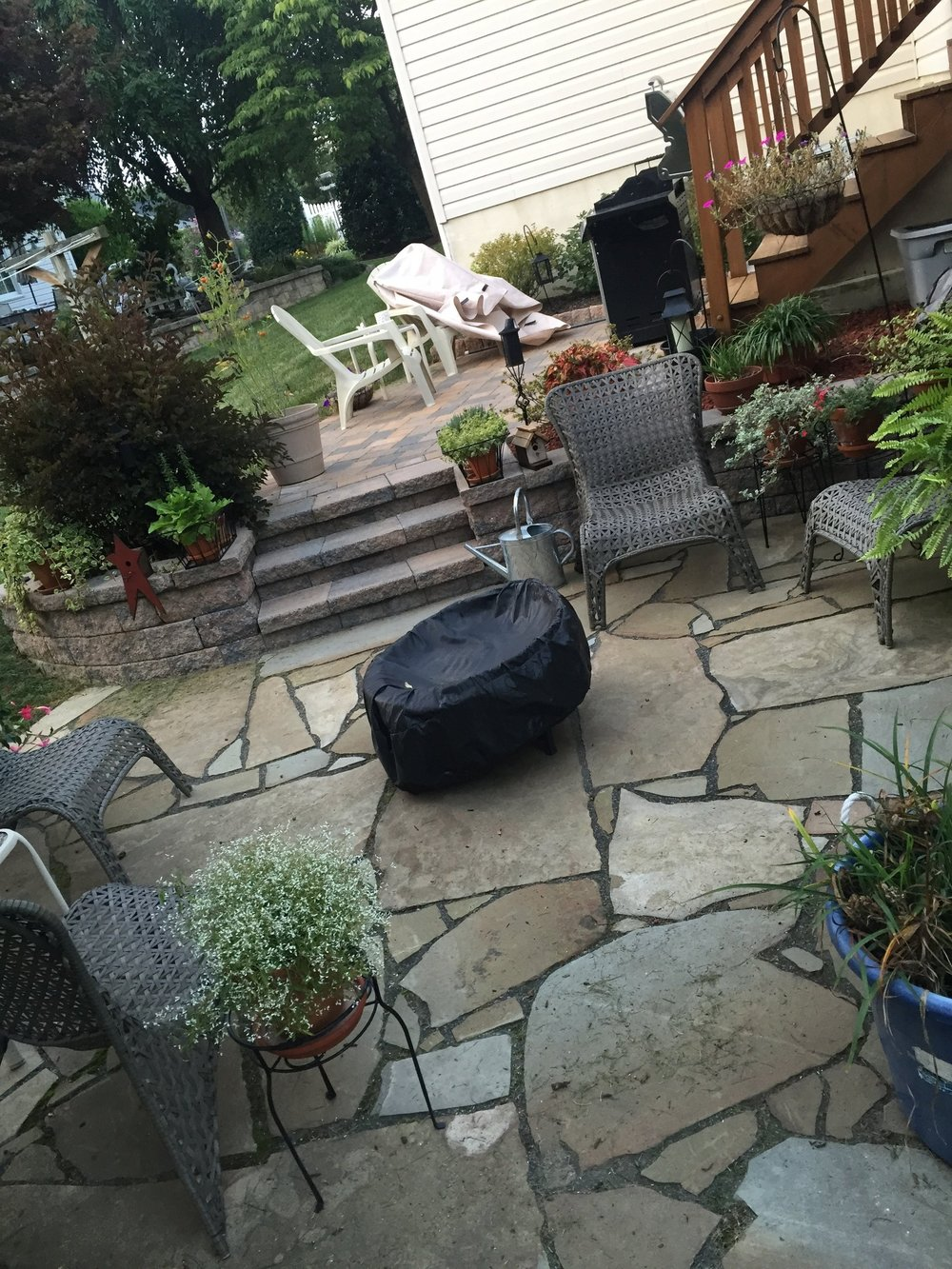 Landscape contractor with brilliant landscape design and patio ideas in South Whitehall, PA