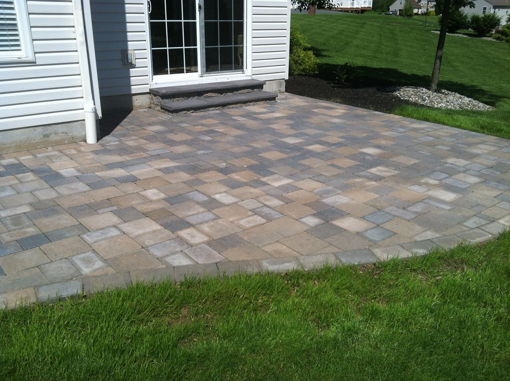 Hire a Landscape Contractor to Transform Your Lawnless South Whitehall, PA, Backyard