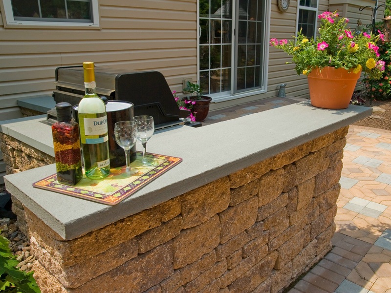 Hire a Landscape Contractor to Get the Outdoor Kitchen of Your Dreams in Allentown, PA