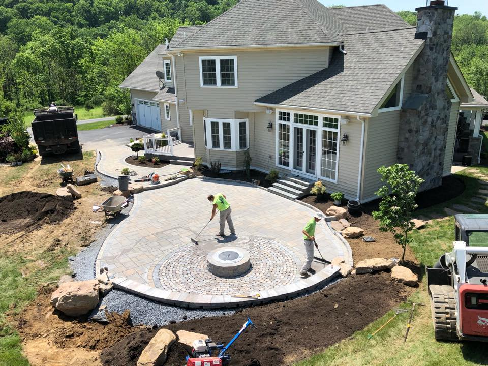 Tackling the Cost of Hiring a Landscape Contractor in Exeter, PA, With a  Finance Plan | Nature's Accents