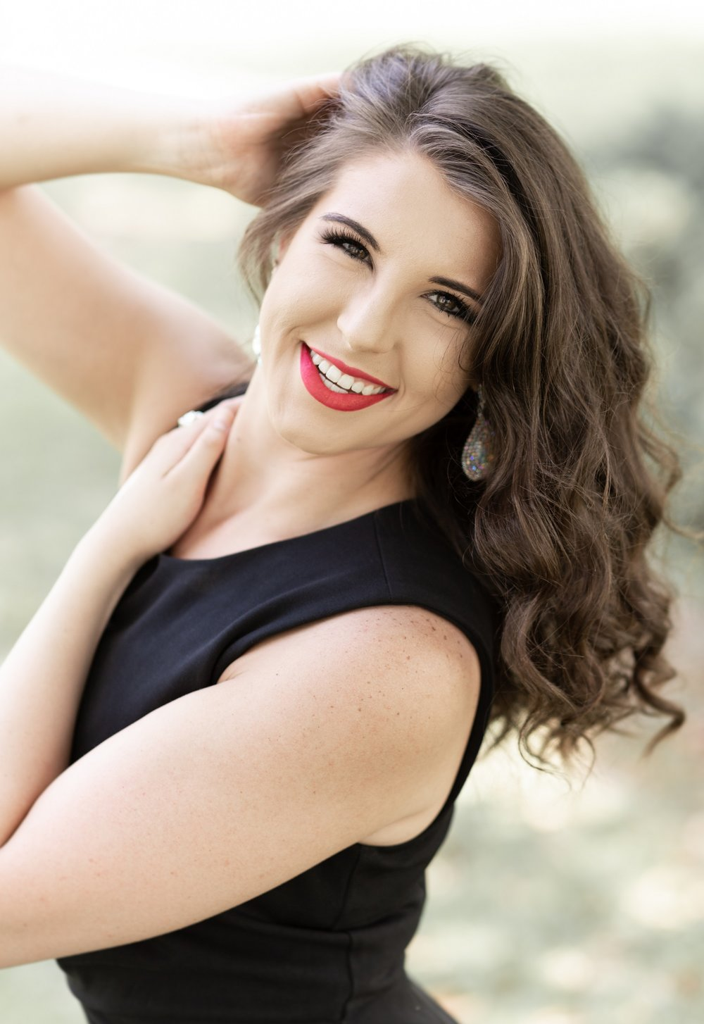 Erin Perry Cap & Gown Session-45.jpg
