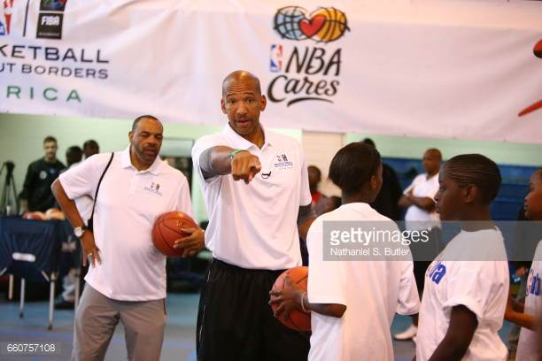 Monty Williams and Lionel Hollins
