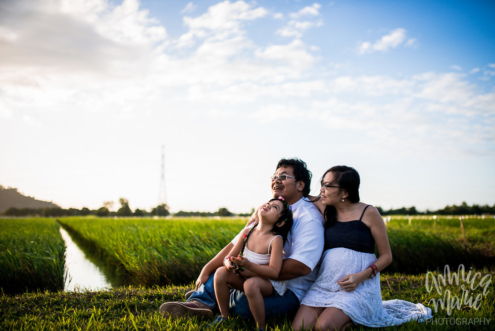 family maternity photos watching clouds rice fields philippines