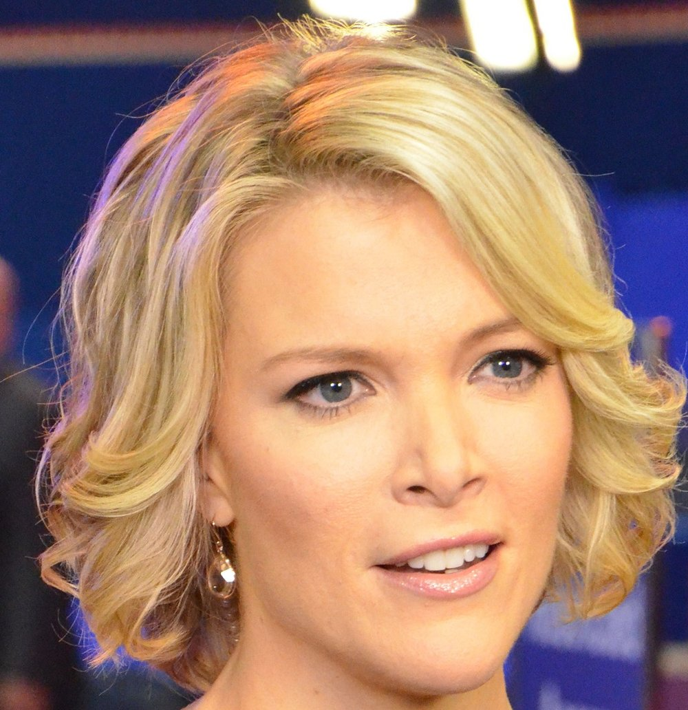 Definitely a nice smile on Fox News' Megyn Kelly, but we think that nice smile is also a nice set of veneers. Unfortunately, this is the best picture I can legally use due to usage rights, but we spent a good amount of time analyzing Ms. Kelly's teeth across a variety of images. There's a slight possibility she has some impressively perfect teeth, but our money is on veneers.