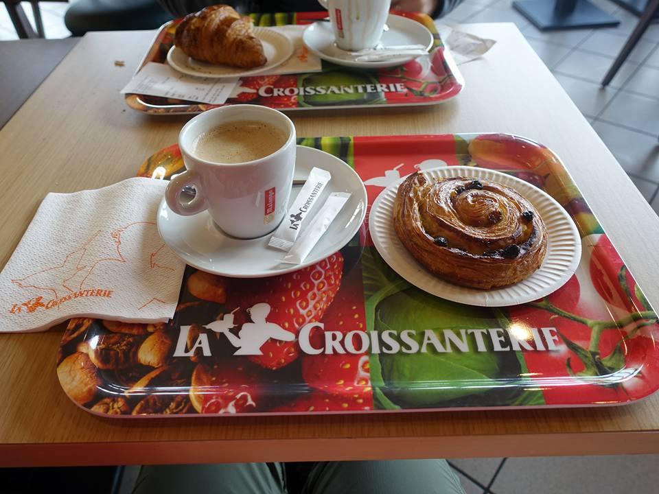 Refreshments at La Croissanterie