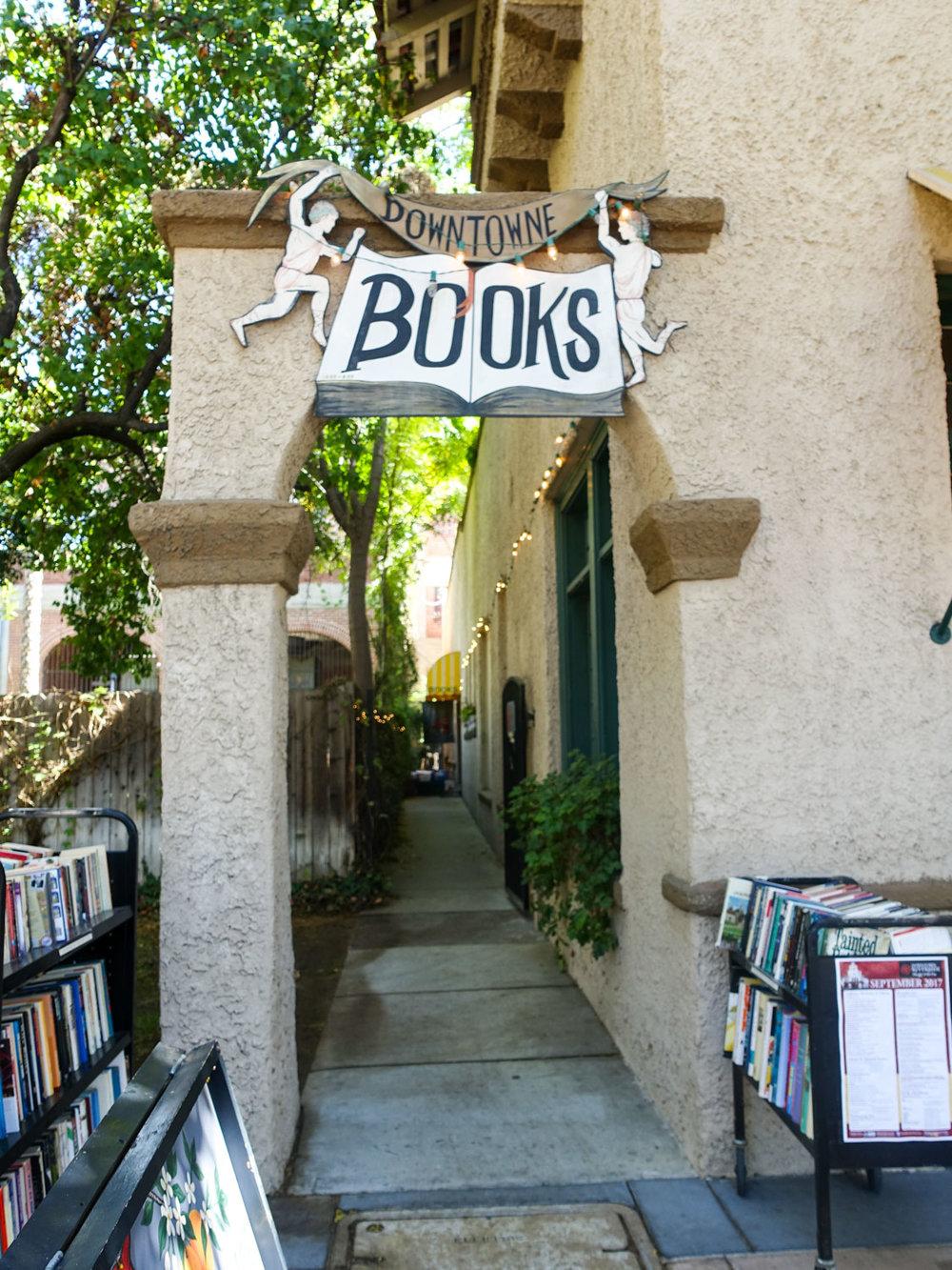 Downtowne Books, Mission Inn