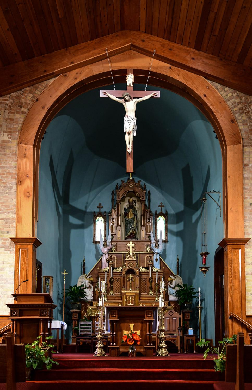 Altar of San Albino Basilica