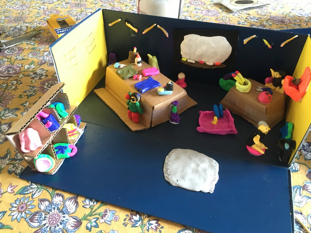 L'ecole (Let's build a French city) at Brownsville Elementary Fall 2018