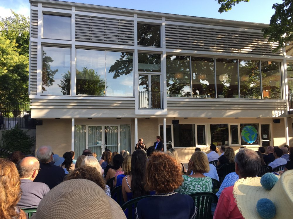 Ina Garten At Bridgehampton Library Hamptons Rd