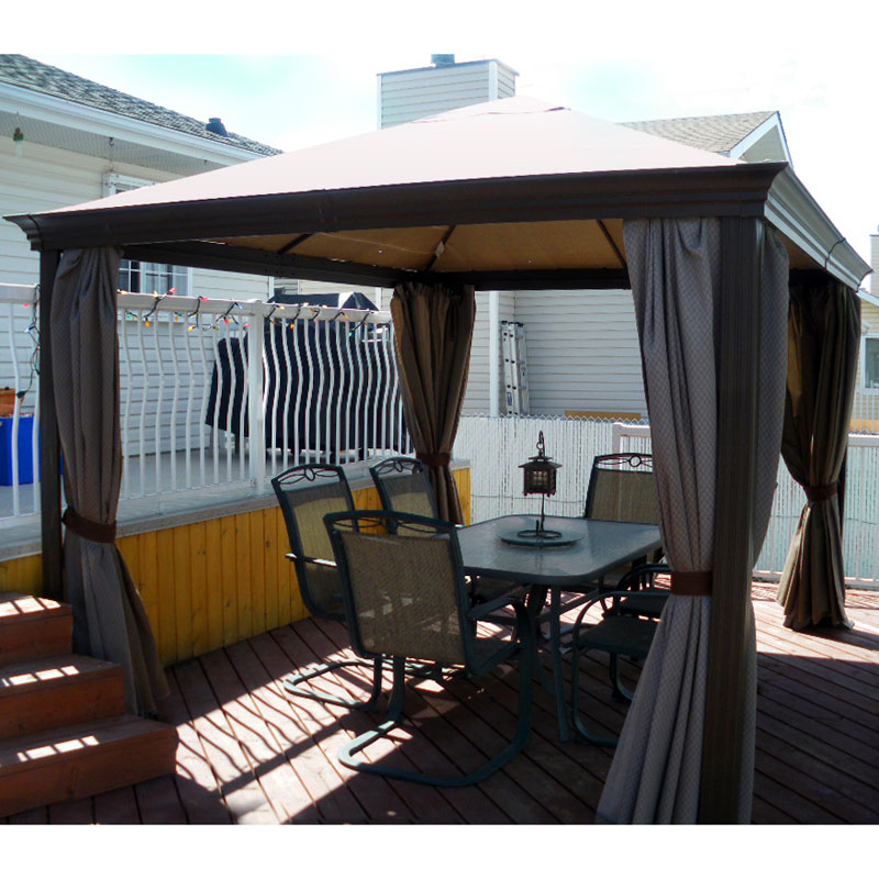 Gazebo-built-on-a-backyard-deck
