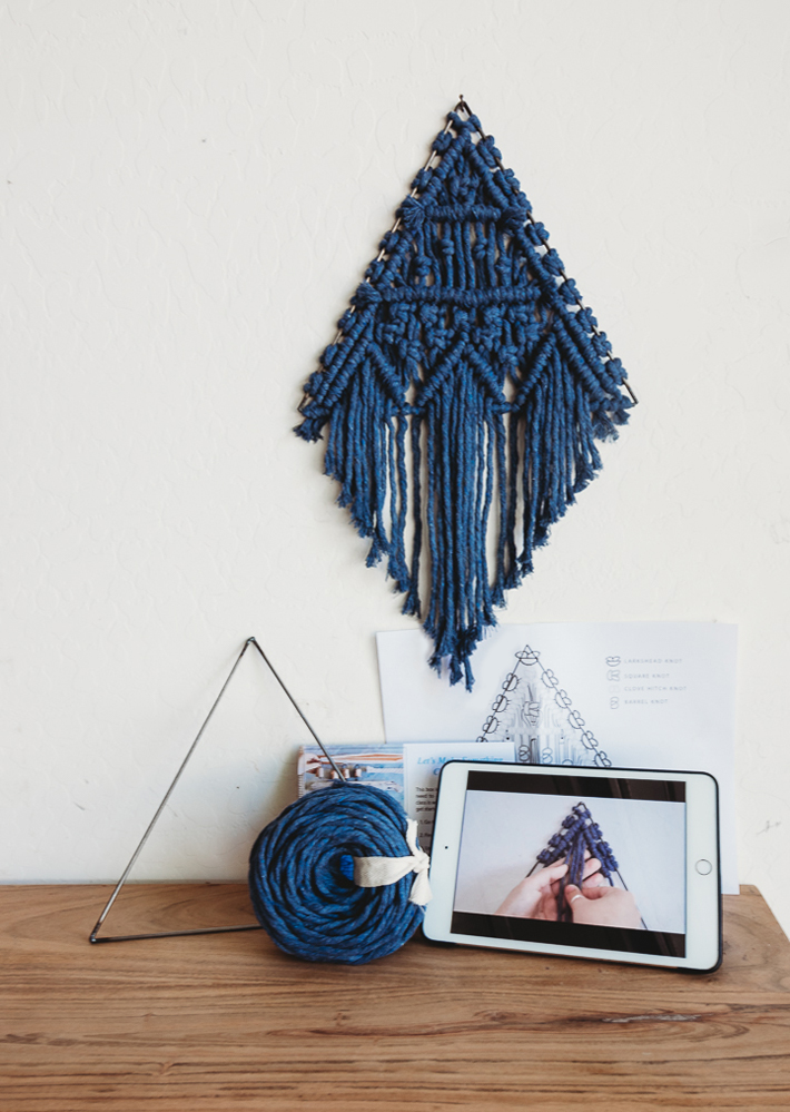 small macrame triangle kit