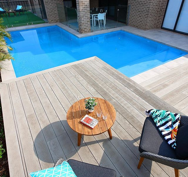 This alfresco wrap around in Kellyville gives two great spaces and plenty of room for a big swim out area for the kids. Another great #arcticimi interior from the boys at @gemtex_pool_interiors #swimmingpool #swimout #landscaping #malibupoolsnsw