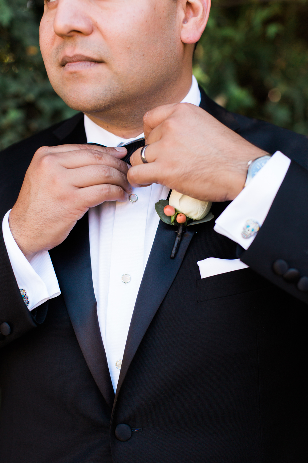 5cbfe-pretty-in-pink-vintage-hollywood-fiesta-wedding-groom-with-ring.jpg
