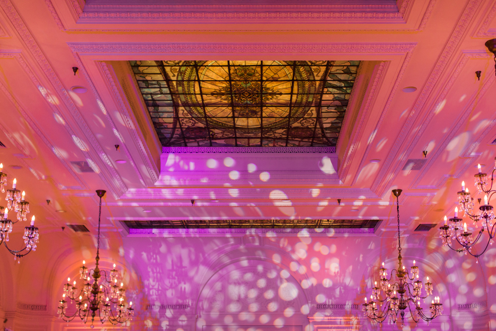 935f8-pretty-in-pink-vintage-hollywood-fiesta-wedding-alexandria-ballroom-palm-court-room-tiffany-skylight.jpg