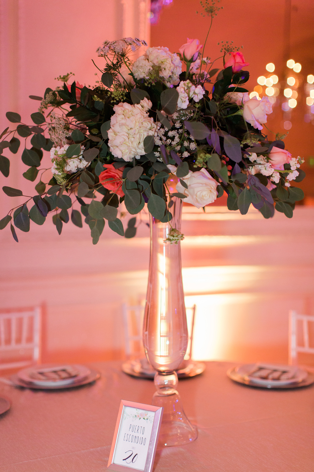 969af-pretty-in-pink-vintage-hollywood-fiesta-wedding-alexandria-ballroom-palm-court-room-centerpieces.jpg