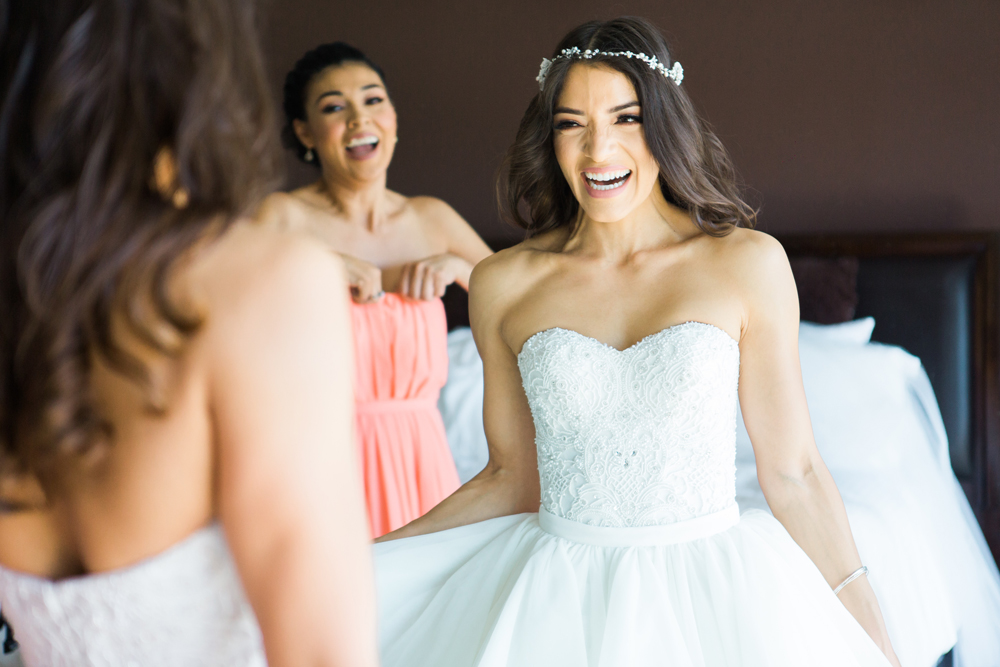 a2979-pretty-in-pink-vintage-hollywood-fiesta-wedding-such-a-joyful-bride.jpg