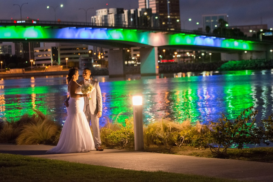 477d7-beautiful-joyful-harborside-wedding-evening-walk-along-harbor-hotel-maya.jpg