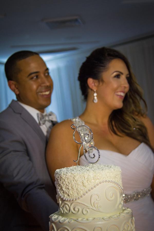 723a6-beautiful-joyful-harborside-wedding-such-a-happy-couple-and-pretty-cake.jpg