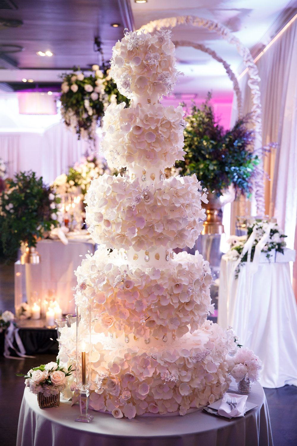 Elegant Pasadena Wedding to Make You Swoon amazing 5 tier cake.jpg