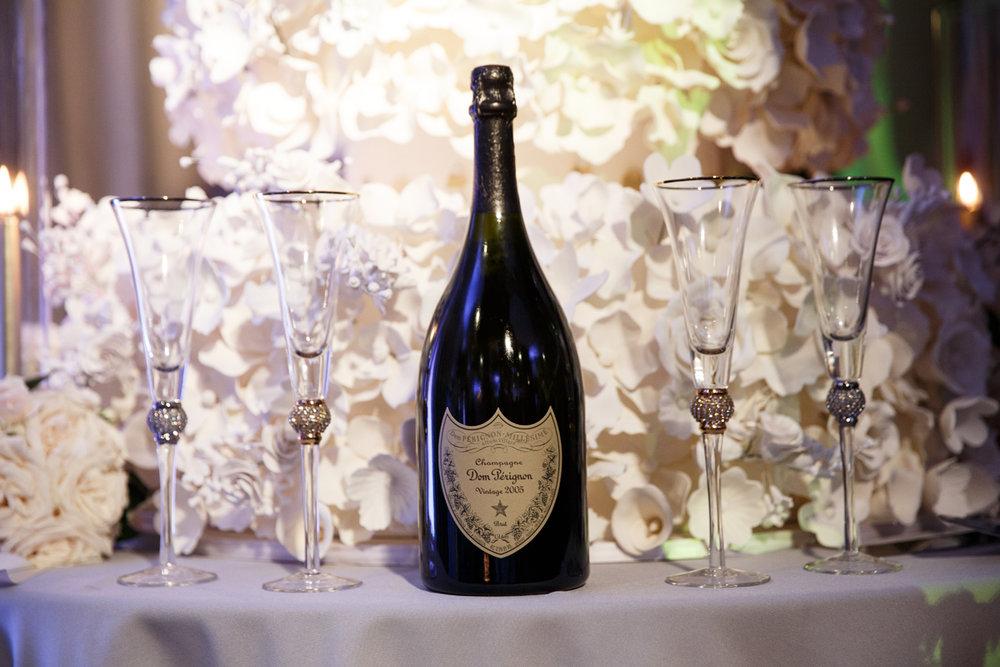 Elegant Pasadena Wedding to Make You Swoon champagne.jpg