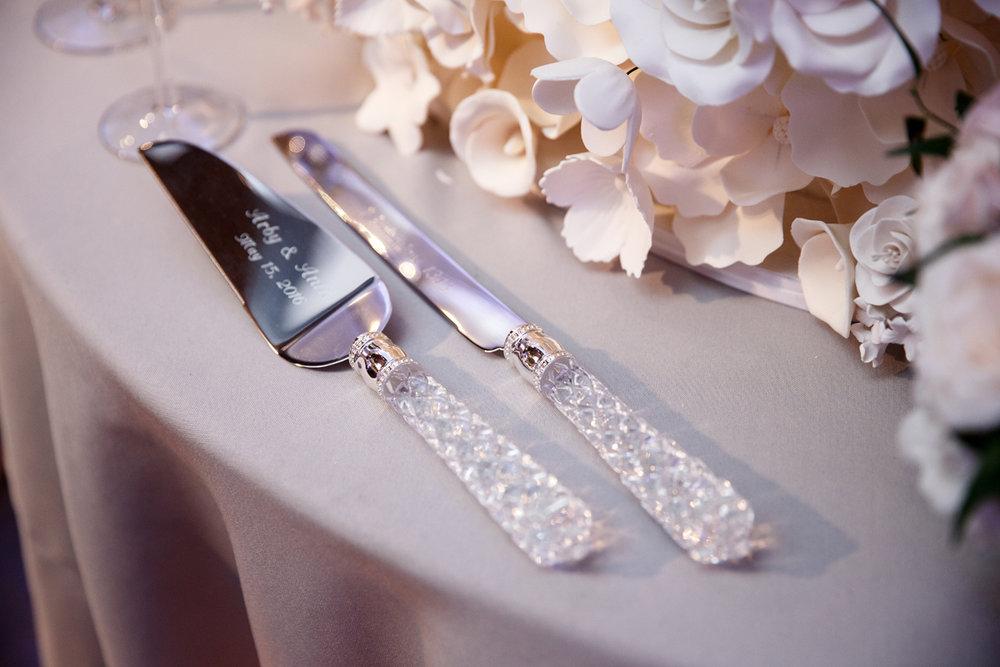 Elegant Pasadena Wedding to Make You Swoon crystal servers.jpg
