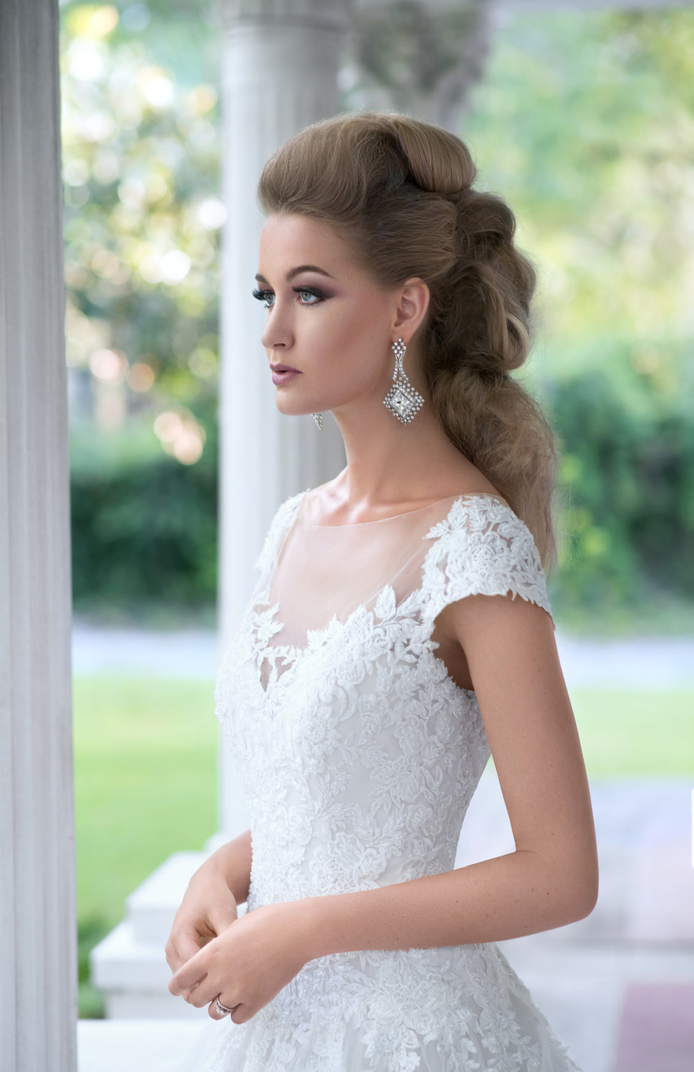 LUXURY BRIDAL - The Ultimate Beauty ExperienceHair- Skin- Nail Care
