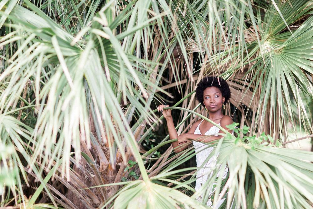 AptBPhoto_IvoryandBea_Bredice_Beauty_HMUA_JungleBrew-45.jpg