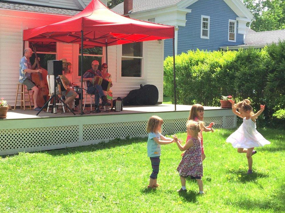 porchfest kids 1.jpg