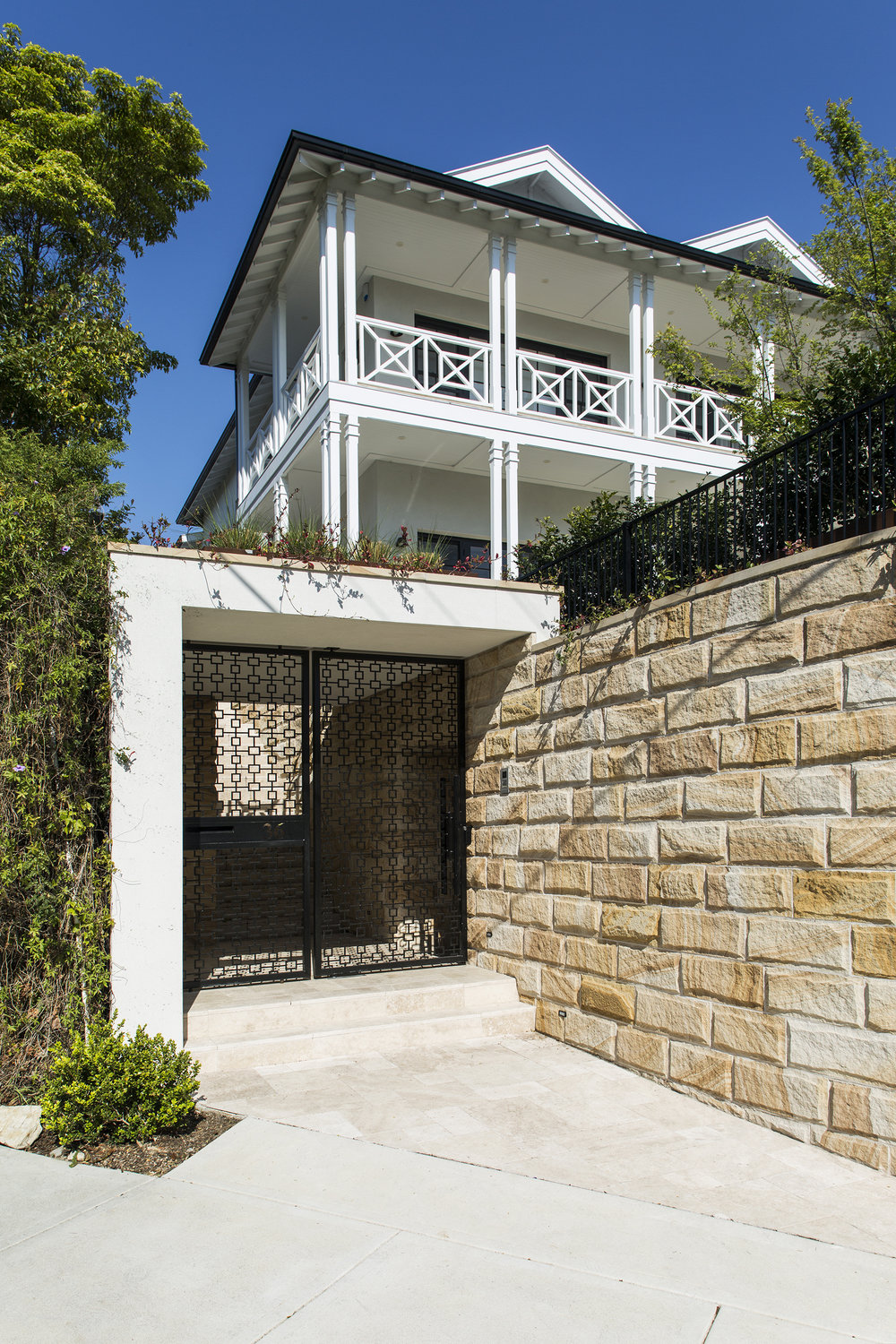 Wentworth Vaucluse Entry 2.jpg